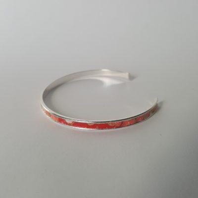 Bracelet manchette MAIKO argenté rouge